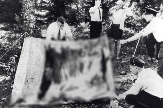 Vụ án bí hiểm ở khu cắm trại: Nhóm bạn bị sát hại trong lều, người duy nhất sống sót với lời kể rùng rợn lại biến thành nghi phạm sau 44 năm - Ảnh 2.