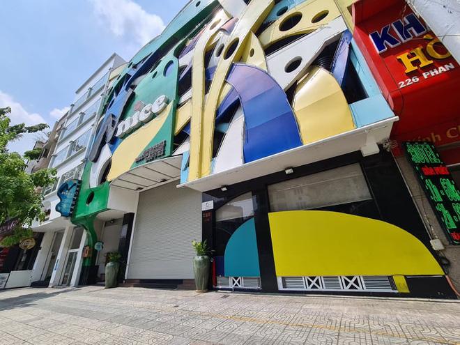 Nhiều quán karaoke xin được hoạt động trở lại sau 3 tháng đóng cửa, kiệt sức vì chi phí duy trì quá lớn - Ảnh 2.