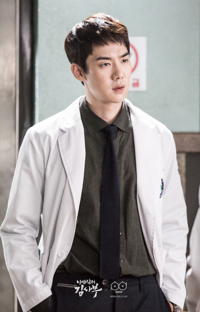 Dân Hàn điên cuồng tìm kiếm phim 19  Thế Giới Hôn Nhân, bà cả Kim Hee Ae giật sạch spotlight của Lee Min Ho trong tháng 5 - Ảnh 5.