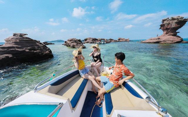Đang nghiên cứu thí điểm mở cửa cho du khách quốc tế đến đảo Phú Quốc - Ảnh 1.