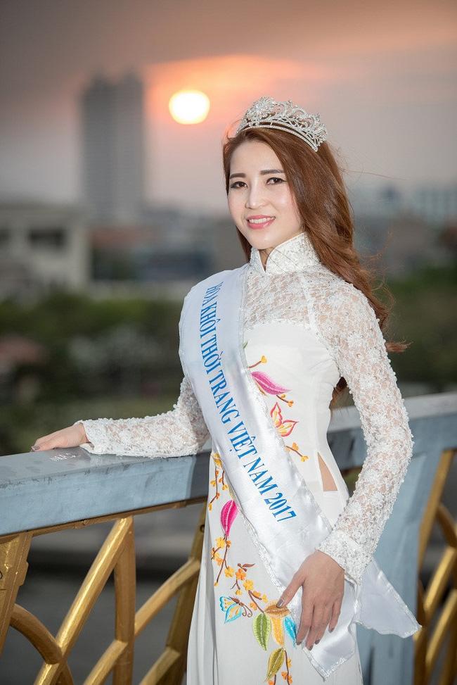 Những đường dây bán dâm nghìn đô của các Á hậu, người mẫu: Từ hoa khôi, MC thành tú bà dắt mối cho đồng nghiệp - Ảnh 6.