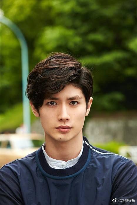 Rơi nước mắt trước tâm thư của mỹ nam Haruma Miura trước khi tự tử: 30 tuổi liệu bạn có hạnh phúc mỗi ngày? - Ảnh 4.