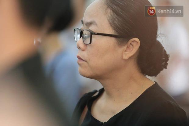 Tuyên án vụ thi thể đổ bê tông ở Bình Dương: Tử hình nữ chủ mưu, 3 bị cáo khác nhận tổng cộng 54 năm tù - Ảnh 9.