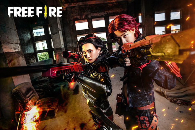 Free Fire tung bộ ảnh cosplay đậm chất điện ảnh, nhưng đường cong gợi cảm của nhân vật nữ mới là tâm điểm chú ý! - Ảnh 1.