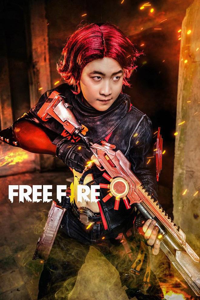 Free Fire tung bộ ảnh cosplay đậm chất điện ảnh, nhưng đường cong gợi cảm của nhân vật nữ mới là tâm điểm chú ý! - Ảnh 9.