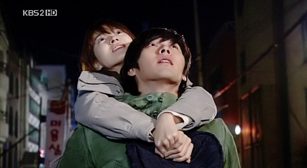 Loạt khoảng khắc ngọt mê mẩn của Song Hye Kyo - Hyun Bin ở phim cũ gần 10 năm trước - Ảnh 11.