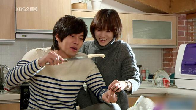 Loạt khoảng khắc ngọt mê mẩn của Song Hye Kyo - Hyun Bin ở phim cũ gần 10 năm trước - Ảnh 17.