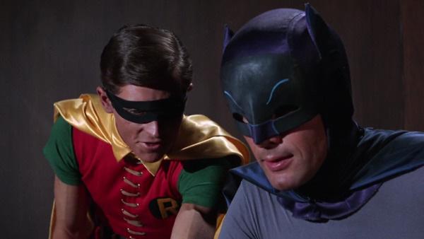 5 lý do hủy phim oái oăm nhất màn ảnh: NSX Batman trót phá bối cảnh không ức bằng quy ước 65 tập của Disney - Ảnh 2.