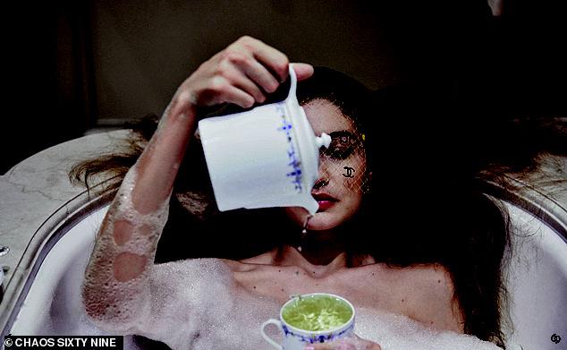 Bà bầu hot nhất Hollywood Gigi Hadid đốt mắt netizen với bộ ảnh bán khoả thân: Vòng 1 căng tràn thả rông, thần thái ngút ngàn - Ảnh 11.