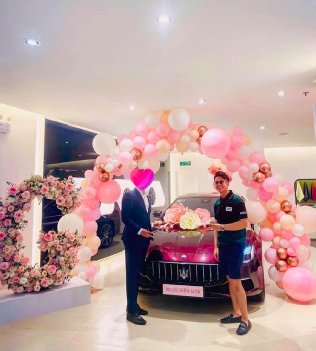 Đọ quà khủng mỹ nhân Vbiz từ bạn trai: Matt tậu cho Hương Giang xế 8 tỷ chỉ sau 3 tháng, Đông Nhi - Thu Minh còn choáng hơn - Ảnh 2.