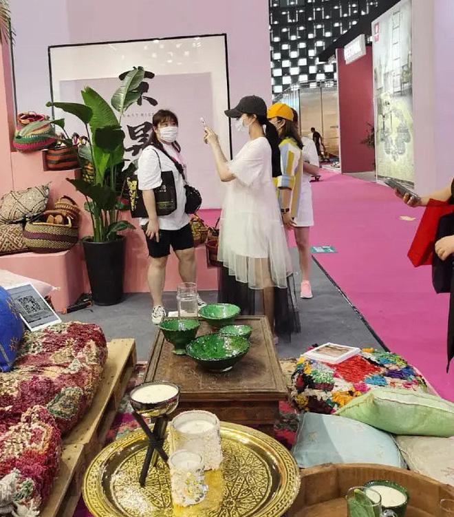 Sau nghi vấn tỏ tình Lý Thần, Phạm Băng Băng rạng rỡ đón sinh nhật, mặc váy rộng cố ý che vòng 2 làm rộ nghi vấn bầu bí - Ảnh 5.