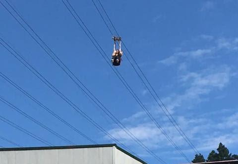 Quay video quảng cáo đu dây mạo hiểm, người phụ nữ rơi từ trên cao xuống tử vong, khoảnh khắc cuối cùng của nạn nhân gây ám ảnh - Ảnh 1.