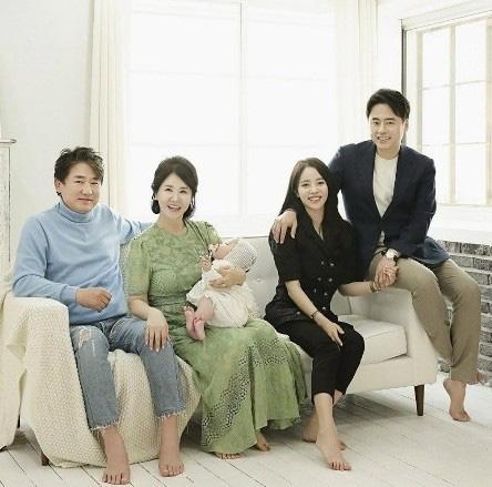 Show thực tế Hàn về chuyện ly hôn của sao chưa lên sóng đã thị phi: Đổ vỡ vì tiểu tam thì có mời tiểu tam lên cùng không? - Ảnh 2.