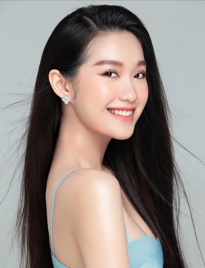 Góc siêu soi nhan sắc mộc của dàn thí sinh lọt top 60 tại Hoa hậu Việt Nam 2020: Đã xuất hiện nữ thần mặt mộc mới! - Ảnh 4.