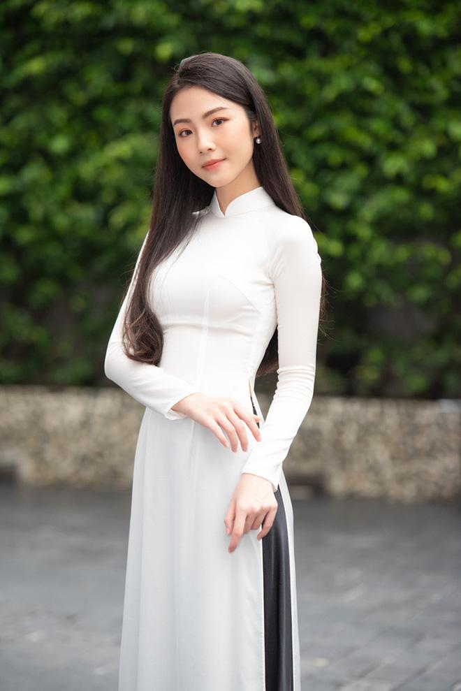 Góc siêu soi nhan sắc mộc của dàn thí sinh lọt top 60 tại Hoa hậu Việt Nam 2020: Đã xuất hiện nữ thần mặt mộc mới! - Ảnh 6.