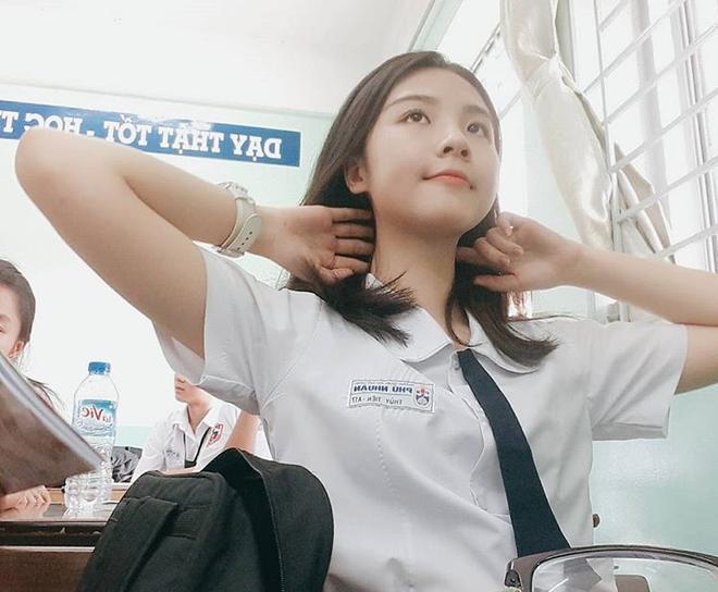 Góc siêu soi nhan sắc mộc của dàn thí sinh lọt top 60 tại Hoa hậu Việt Nam 2020: Đã xuất hiện nữ thần mặt mộc mới! - Ảnh 8.