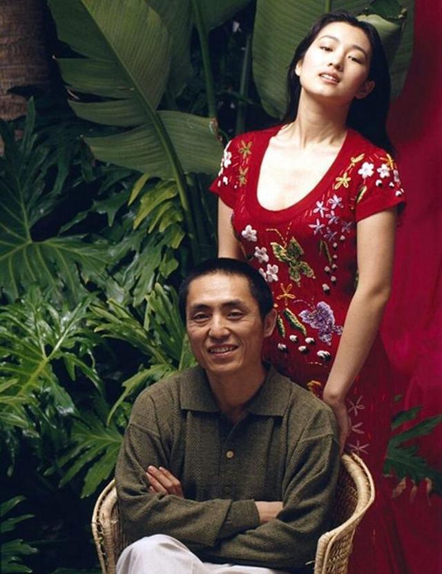 Phù thuỷ Mulan Củng Lợi: Tiểu tam phá nát gia đình Trương Nghệ Mưu, hôn nhân lỡ dở với tỷ phú thành chị đại phương Tây kính nể - Ảnh 12.