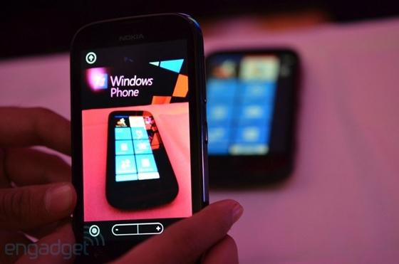 Nokia cho ra mắt sản phẩm Lumia giá rẻ mới 12