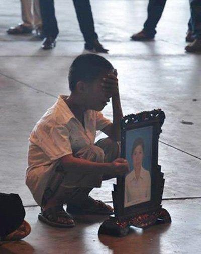 Những bức ảnh về tình mẫu tử làm người xem bật khóc