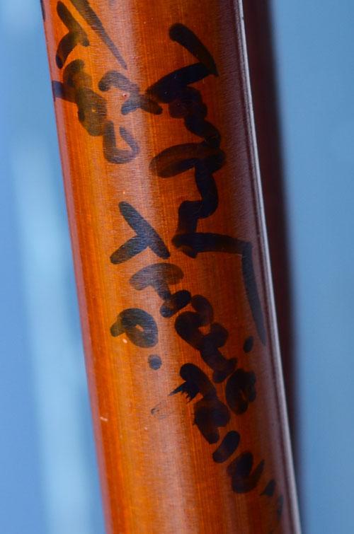 """""""Soi"""" chiếc điếu cày Bằng Kiều tặng Wanbi Tuấn Anh 2"""
