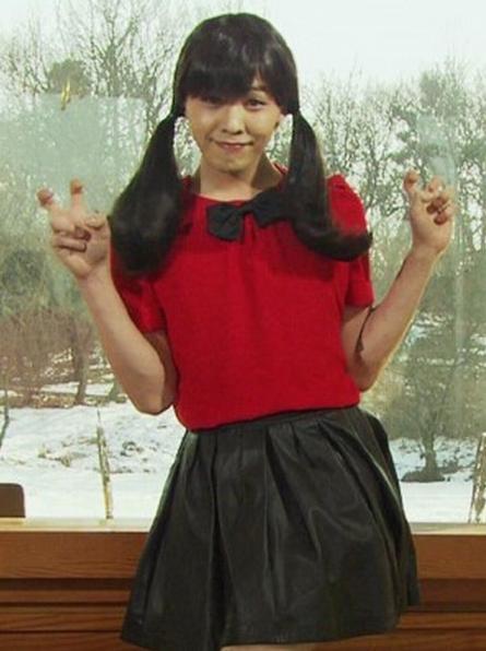 24-khoanh-khac-cute-nhat-cua-gdragon