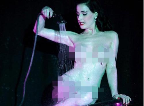 me-cua-kim-sieu-vong-ba-tung-anh-bikini