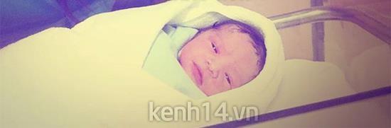 Cận cảnh con gái vừa sinh của Phạm Quỳnh Anh 2