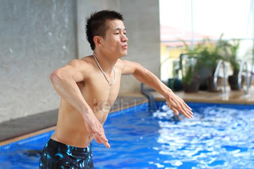 huong-dan-tap-tay-de-boi-ech-that-chuan