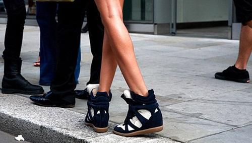 """Wedge Sneaker - xu hướng giày """"độn"""" cực cá tính 3"""