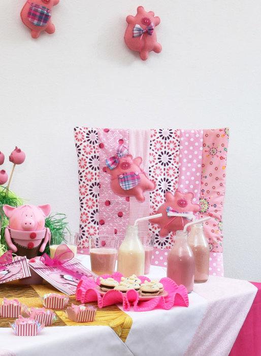 Heo bay nhắng nhít cho cô bạn thích màu hồng 7