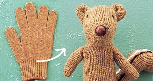 Chú sóc chuột đáng yêu từ chiếc găng tay cũ