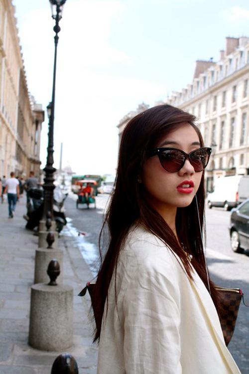 Điểm danh 5 hot girl mặc đẹp nhất năm 2012 1