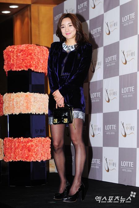 Idol Hàn xúng xính dự đám cưới như mơ của Sunye (WGs) 8