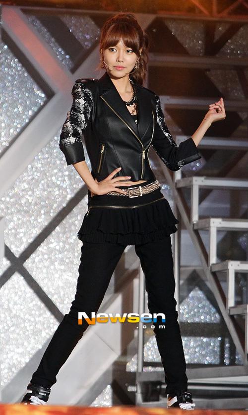Trang phục trình diễn tại Dream Concert của SNSD bị chê bai vì quá xấu 5