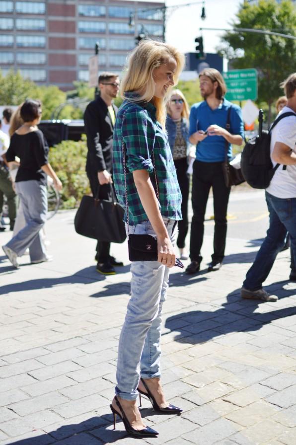 """9 cách mặc kẻ caro """"chuẩn"""" như fashionista 10"""