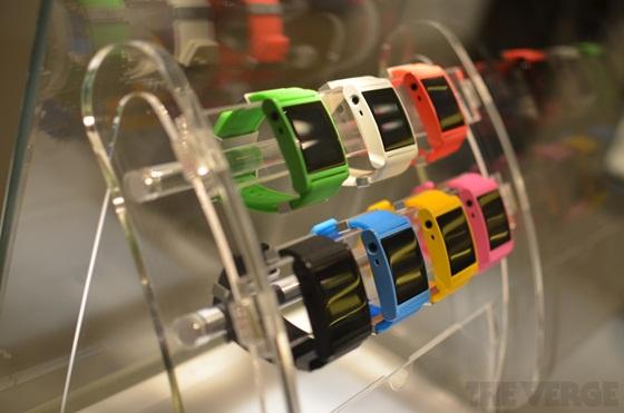 I'm Watch - Chiếc đồng hồ Android đầu tiên thế giới 14