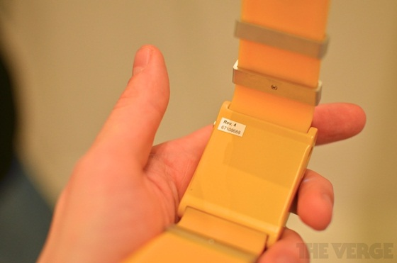I'm Watch - Chiếc đồng hồ Android đầu tiên thế giới 8