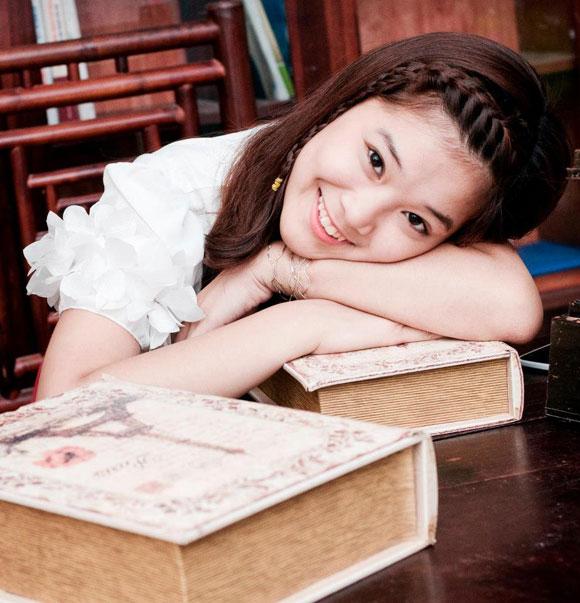 Hà Lade và Chibi Hoàng Yến khoe giọng trong MV mùa chia tay 7