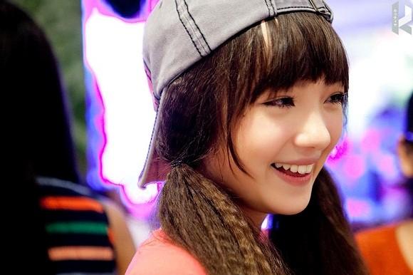 """Hot girl Thái Lan cực xinh cover """"Bèo dạt mây trôi"""" 5"""