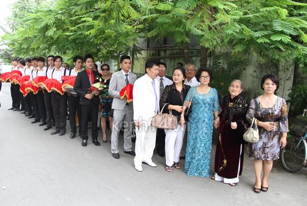 Những đám cưới hoành tráng của các hot girl Việt 56