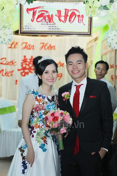 Những đám cưới hoành tráng của các hot girl Việt 104