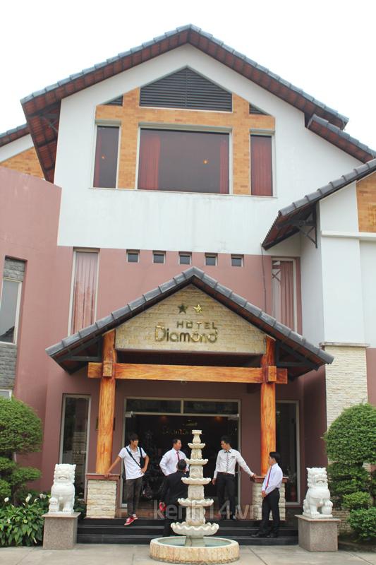 Những đám cưới hoành tráng của các hot girl Việt 81
