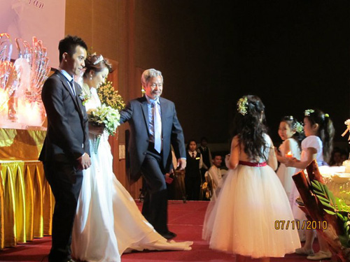 Những đám cưới hoành tráng của các hot girl Việt 3