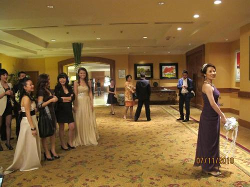 Những đám cưới hoành tráng của các hot girl Việt 7