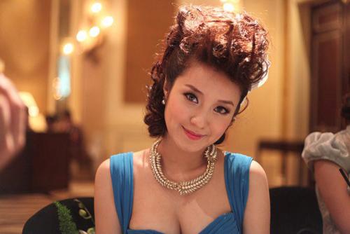 Những đám cưới hoành tráng của các hot girl Việt 12