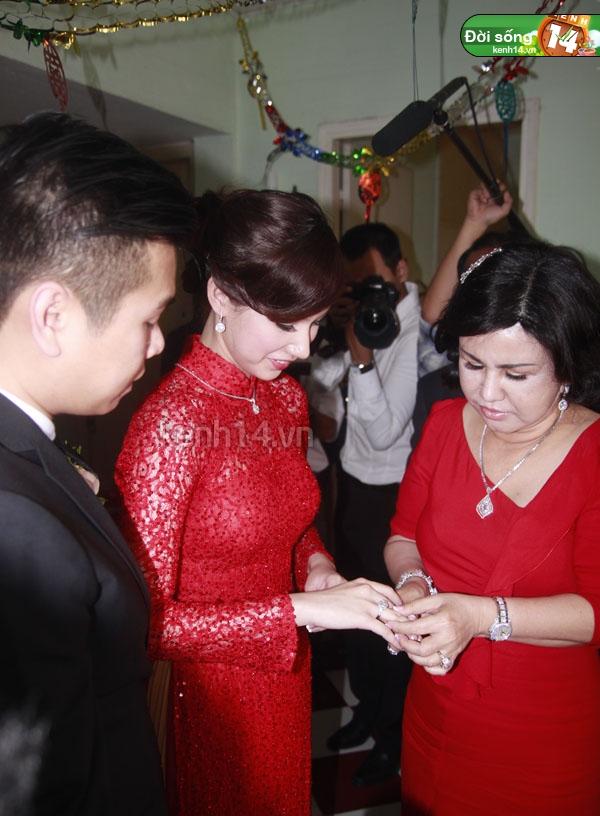 Những đám cưới hoành tráng của các hot girl Việt 34