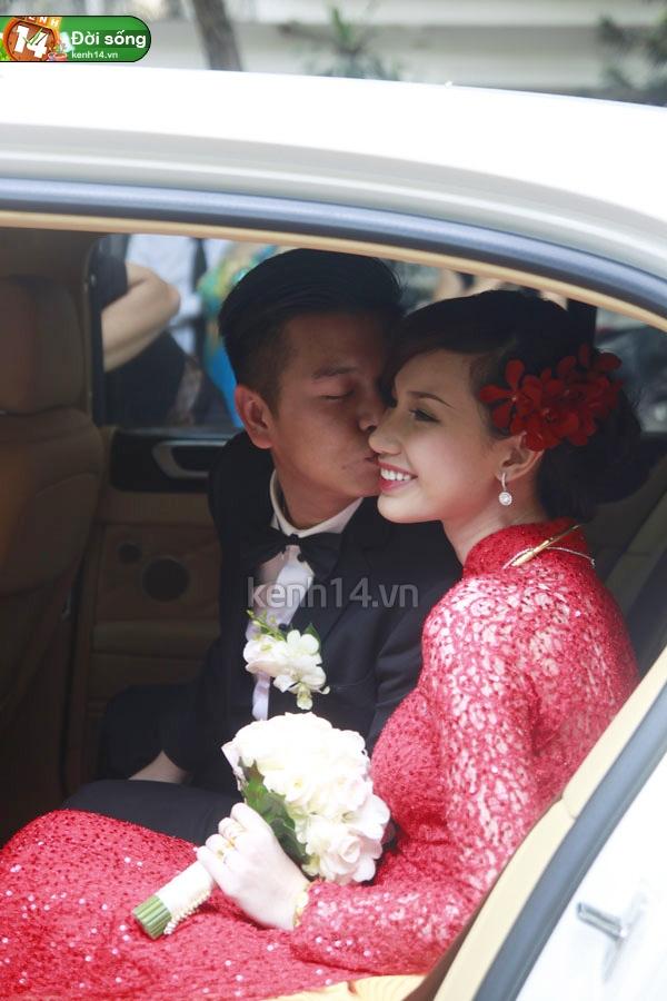 Những đám cưới hoành tráng của các hot girl Việt 35