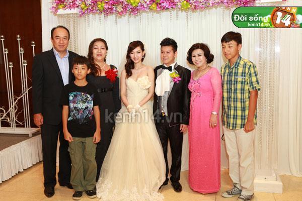 Những đám cưới hoành tráng của các hot girl Việt 44