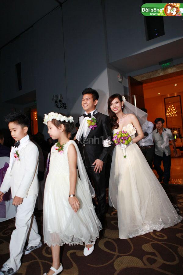 Những đám cưới hoành tráng của các hot girl Việt 48