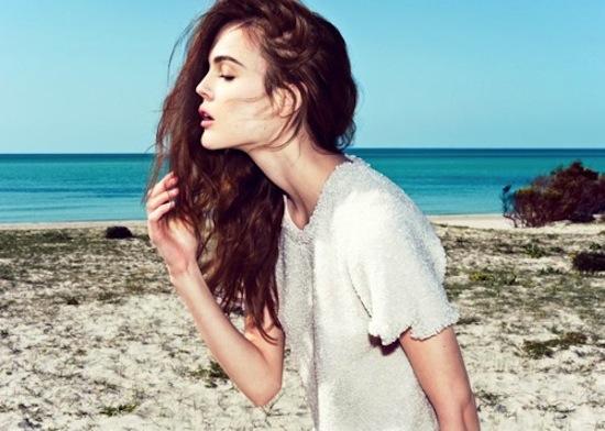 Vừa sấy khô vừa tạo kiểu tóc xoăn bồng bềnh trong 5' 1